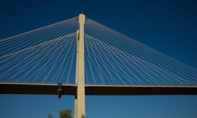 Εύβοια. Γέφυρα προς το Αιγαίο και την προϊστορία